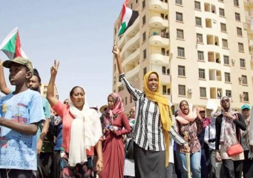 السودان.. قوات الدعم السريع تحاول فض الاعتصام أمام قيادة الجيش
