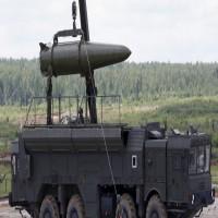 واشنطن تهدّد بوتين بالرد على اختراق معاهدة للأسلحة النووية