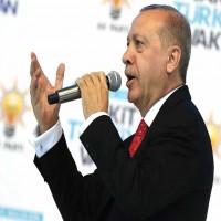 """أردوغان يحث المواطنين على تحويل العملات إلى الليرة لـ""""إفساد المؤامرة"""""""