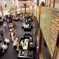 الأجانب يتصيّدون الفرص في الأسهم المحلية والإماراتيون يتكبدون الخسائر