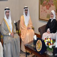 الإمارات والكويت تبحثان التعاون الثنائي في مجالات العمل