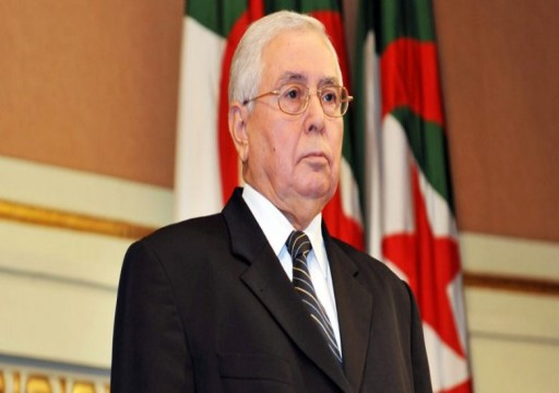 """وفاة رئيس الجزائر """"الانتقالي"""" بن صالح بعد أيام من وفاة سلفه بوتفليقة"""