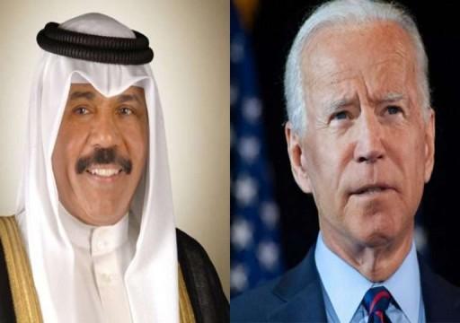 خلال اتصال هاتفي.. أمير الكويت يوجه دعوة رسمية للرئيس الأمريكي لزيارة البلاد
