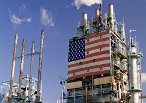 أسعار النفط تتراجع قليلا بعد بيانات أمريكية أولية لمخزونات الخام