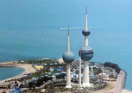 الكويت تعلق على تدشين خط بحري مع قطر وسلطنة عمان