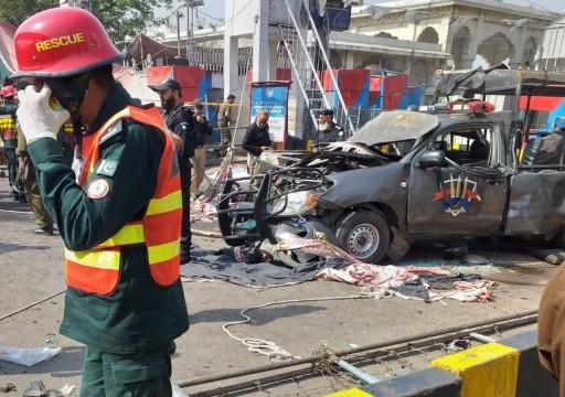باكستان.. مقتل 8 وإصابة 24 بانفجار قرب مزار صوفي في لاهور