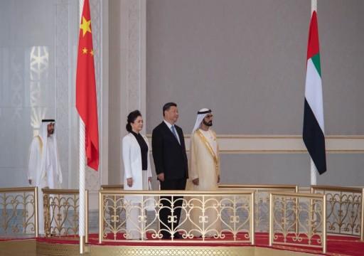 """""""الإمارات71"""" يرغم قرقاش على توضيح زيارة محمد بن زايد للصين"""