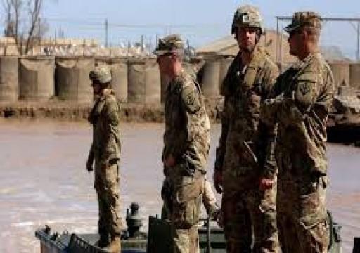 الإمارات تدين بشدة الهجوم على قاعدة عسكرية أمريكية