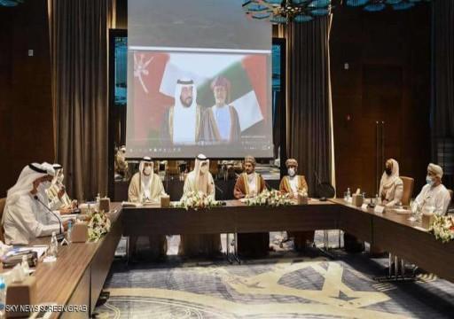 وفد إماراتي يبحث في سلطنة عُمان تعزيز التعاون في الصناعة والتكنولوجيا