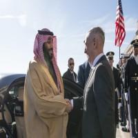 «ناشيونال إنترست»: لماذا تستمر أمريكا في دعمها للسعودية والإمارات في حرب اليمن؟