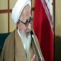رجل دين إيراني بارز: إسكات الشعب عبر الضغوط سيكون له نتائج مريرة