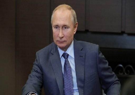 بوتين يبحث مع محمد بن زايد وأمير قطر هاتفيا القضية الليبية