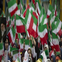واشنطن بوست: عقوبات أمريكا قد لا تدفع إيران إلى طاولة المفاوضات