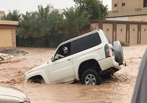 حاكم رأس الخيمة يوجه بحصر الأضرار الناجمة عن الأمطار