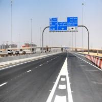 أنظمة ذكية لرصد ومخالفة المركبات منتهية الترخيص في أبوظبي