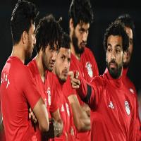 السعودية تقابل مصر في «دربي عربي» عقب خسارة الفريقين بالمونديال