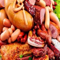 باحثون: اللحوم المصنعة تضاعف خطر الإصابة بسرطان الثدي