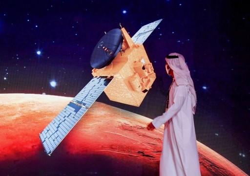 """أبوظبي ترصد ميزانية ضخمة لإطلاق فضائية تنافس """"الجزيرة"""" و""""العربية"""""""