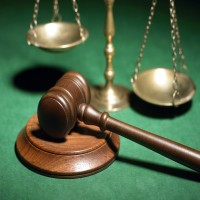 «العدل»: 1108 مواطن ومواطنة يعملون في مهنة المحاماة