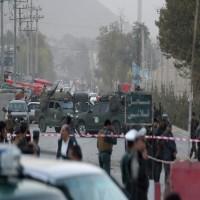 بينهم صحفيون.. 70 قتيلاً وجريحاً  بتفجيرين في كابول