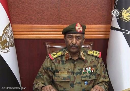 """السودان.. """"البرهان"""" يعلن الطوارئ وحل مجلسي السيادة والوزراء والحكومة تعتبره """"انقلاباً عسكرياً"""""""
