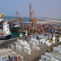 الحوثيون يلمحون إلى استعدادهم لتسليم ميناء الحديدة للأمم المتحدة