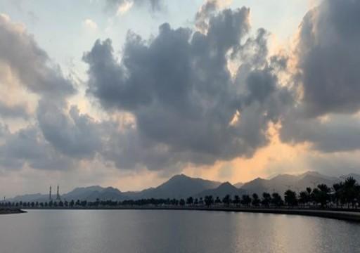 توقعات الطقس في الإمارات من الاثنين إلى الجمعة