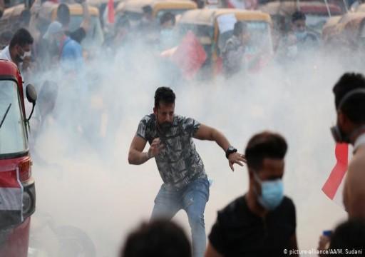 اشتباكات بين المتظاهرين وقوات الأمن وسط بغداد
