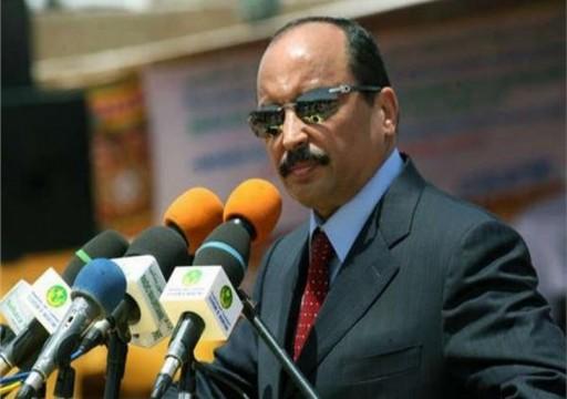 الرئيس الموريتاني ينفي قضية المليارين المجمّدين في دبي ويعتبرها إشاعة