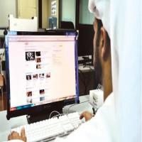 دراسة: 7.49 ساعة يقضيها الفرد في الإمارات يومياً على الإنترنت
