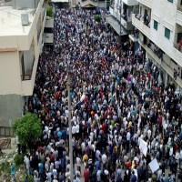 سوريا: مئات الآلاف يهتفون لإسقاط النظام وحماية المدنيين في مظاهرات الشمال