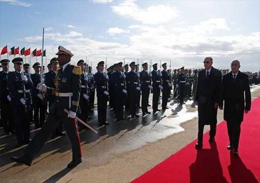 رئيس الجزائر يلتقي نظيره التركي ويؤكد «تطابق وجهات النظر» بشأن الأزمة الليبية