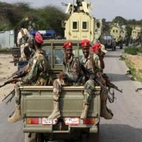 غداة مصادرة حقيبة الأموال.. الدفاع الصومالية تعلن توليها إدارة القوات المدربة إماراتياً