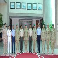 وكيل الحرس الكويتي يبحث مع قيادة والأركان الإماراتية التعاون المشترك