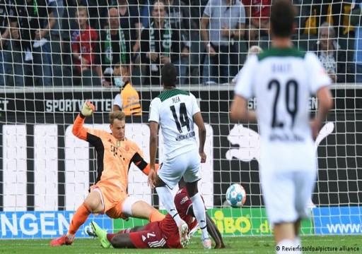 بايرن ميوينخ يتعادل مع مونشنغلادباخ في افتتاح الدوري الألماني