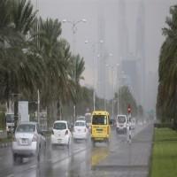 هطول أمطار متوسطة إلى غزيرة على مناطق متفرقة في الدولة