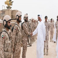 محمد بن زايد: قواتنا المسلحة قادرة على التعامل مع التهديدات والعدائيات