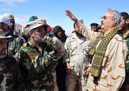 صحيفة أمريكية: أبوظبي حرضت حفتر على عدم قبول وقف إطلاق النار