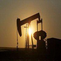 أبوظبي تنفي توقيع اتفاق نفطي مع قطر