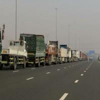 إلغاء رسوم تصريح مرور المركبات الثقيلة بالدولة