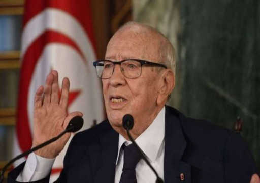أئمة تونسيون: لا تصوتوا للسبسي إذا وقع على مبادرة الميراث