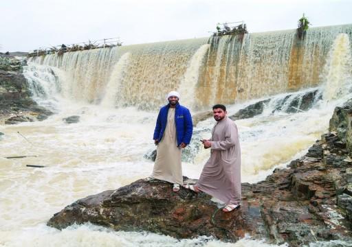 الأمطار على الدولة تسجل أرقاماً قياسية غير مسبوقة منذ 24 عاماً