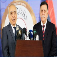 ليبيا.. السراج يبحث مع المبعوث الأممي الوضع في منطقة الهلال النفطي