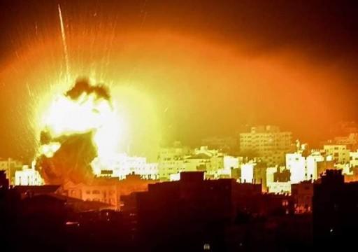 الاحتلال الإسرائيلي يشن غارات جوية على مواقع بقطاع غزة