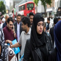 دراسة: ثلث طلاب المسلمين في بريطانيا تعرضوا لجرائم كراهية