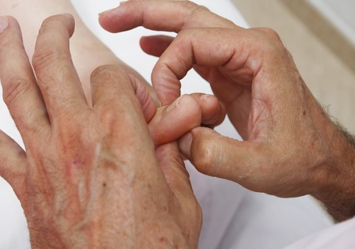 ست فوائد صحية خيالية لتدليك القدمين.. تعرف عليها