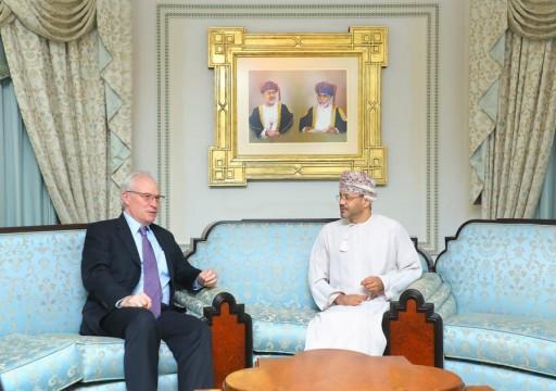 مباحثات عُمانية أمريكية حول جهود إنهاء حرب اليمن
