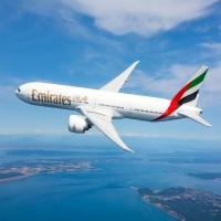 طيران الإمارات: إصابة 10 ركاب بوعكة صحية على متن رحلة من دبي إلى نيويورك