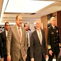 وزيرا الدفاع القطري والأمريكي يبحثان أزمة الخليج