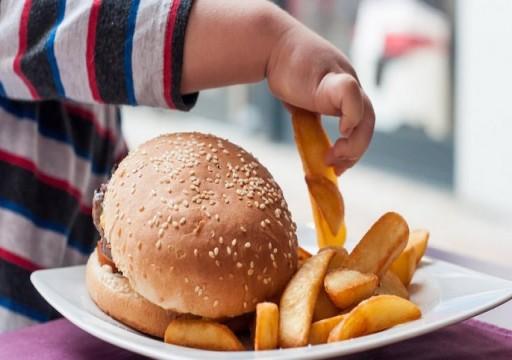 دراسة تحذر: الطلاق قد يتسبب في زيادة وزن الأطفال